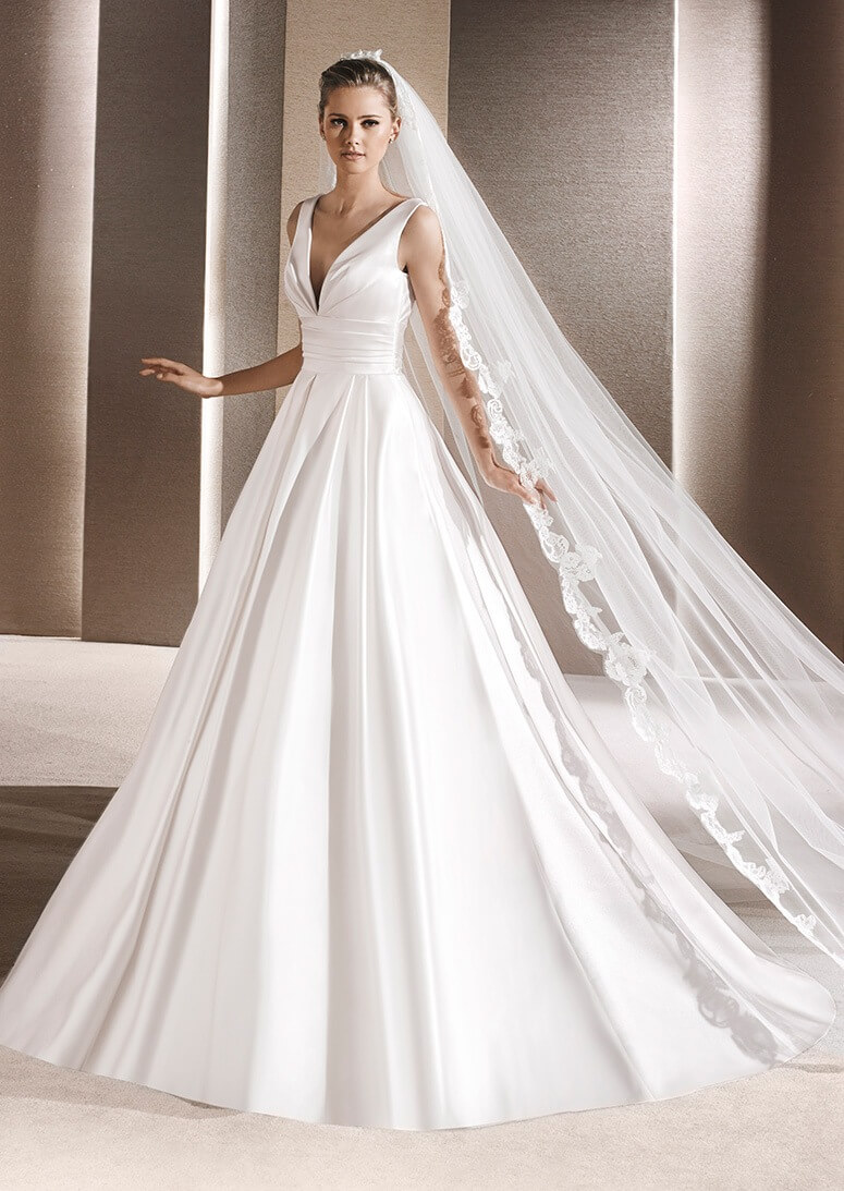 Νυφικό RALEA της collection St. Patrick La Sposa